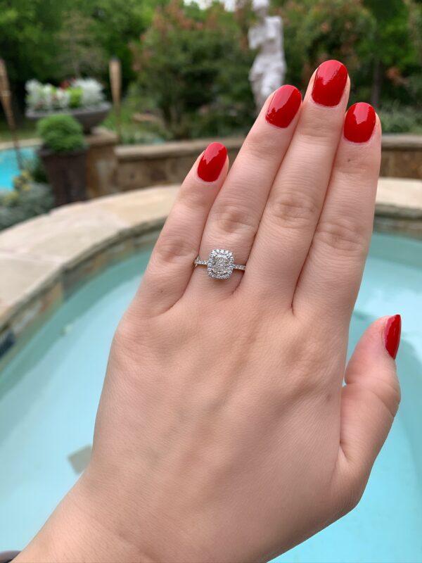 MK 14 Karat White Gold Engagement Ring - Radiant Cut
