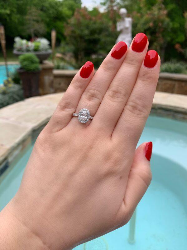 MK 14 Karat White Gold Engagement Ring - Oval Cut
